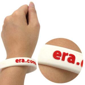Silikonearmbånd hvid med logo